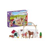 SCHLEICH Horse Club Hannah´ Külalishobune koos Koera Ruby´ga